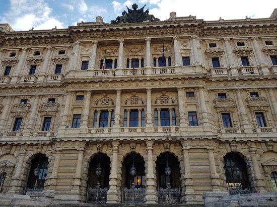 Tribunal de Roma